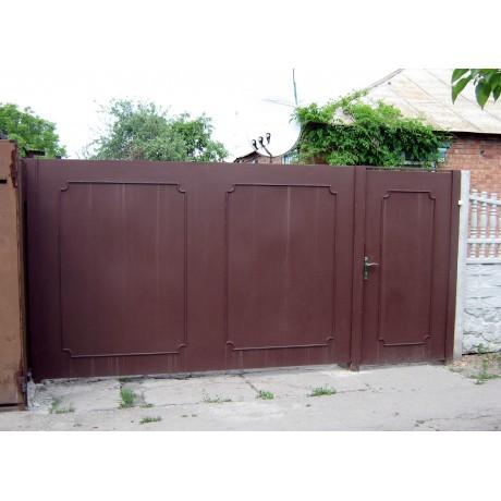 Ворота гладкие с калиткой рядом - 2м х 4м