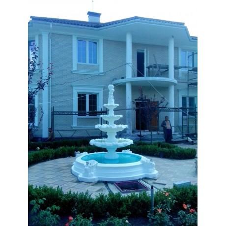 Фонтан Жемчужина с бассейном